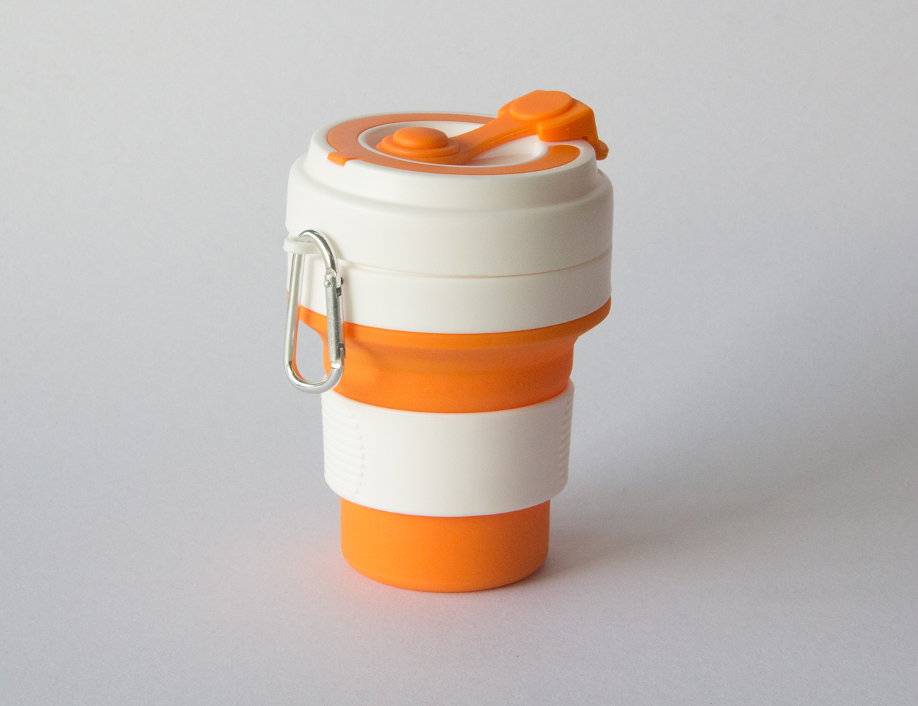 Folding Cup with Hook